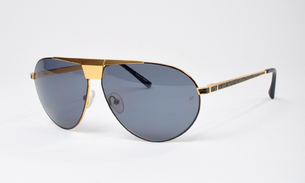 Linda Farrow Luxe Gold Aviator Sunglasses 01 Linda Farrow Luxe Gold Aviator Sunglasses