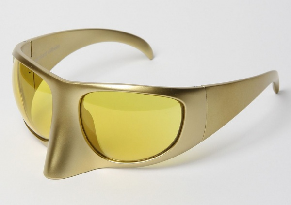Linda Farrow X Bernard Willhelm Visor Shades1 Linda Farrow X Bernard Willhelm Gold Visor Sunglasses