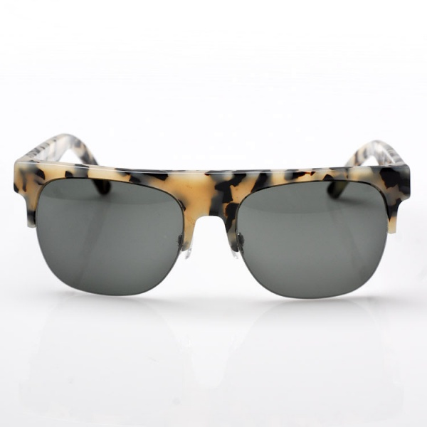 Retro Super Future Andrea Sunglasses in Puma 4 Retro Super Future Andrea Sunglasses in Puma