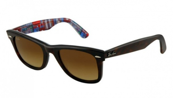 ray ban wayfarer 2013 summer 6 630x356 Ray Ban Summer 2013 Wayfarer Sunglasses Collection