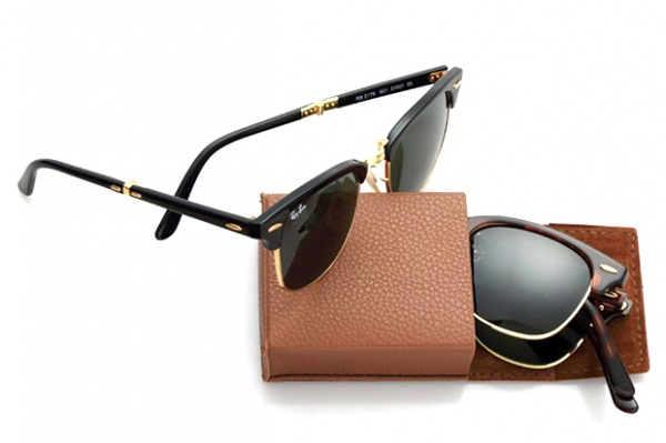 ray ban folding club master 1 Ray Ban Introduces Folding Version of their Clubmaster Sunglasses