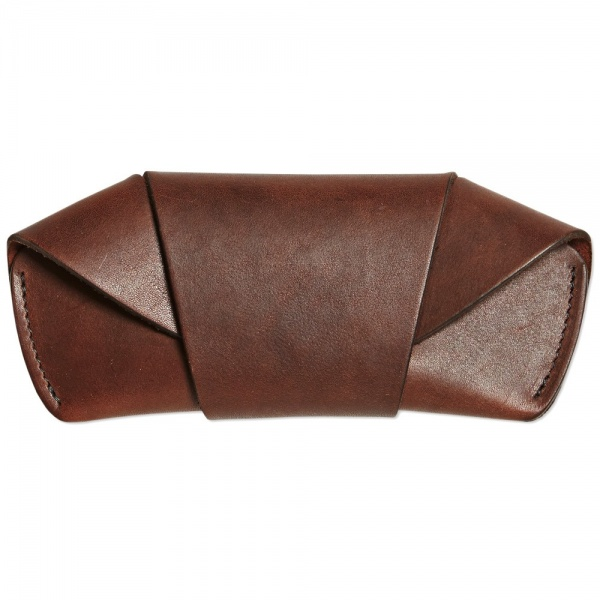 28 11 2013 tanner goodssunglasscase darkoak d1 Tanner Goods Handmade Leather Sunglasses Case